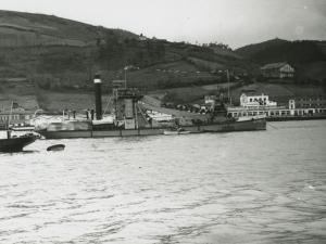 Barco dragadora Jaizkibel en Pasaia