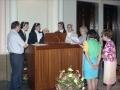 Religiosas cantando en los actos en homenaje a dos monjas