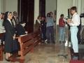 Actos de homenaje a dos monjas : sentada en el banco una de las religiosas homenajeadas