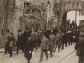 Autoridades de la provincia dirigiéndose a la ermita de Guadalupe, para implorar el feliz término de la guerra de Marruecos
