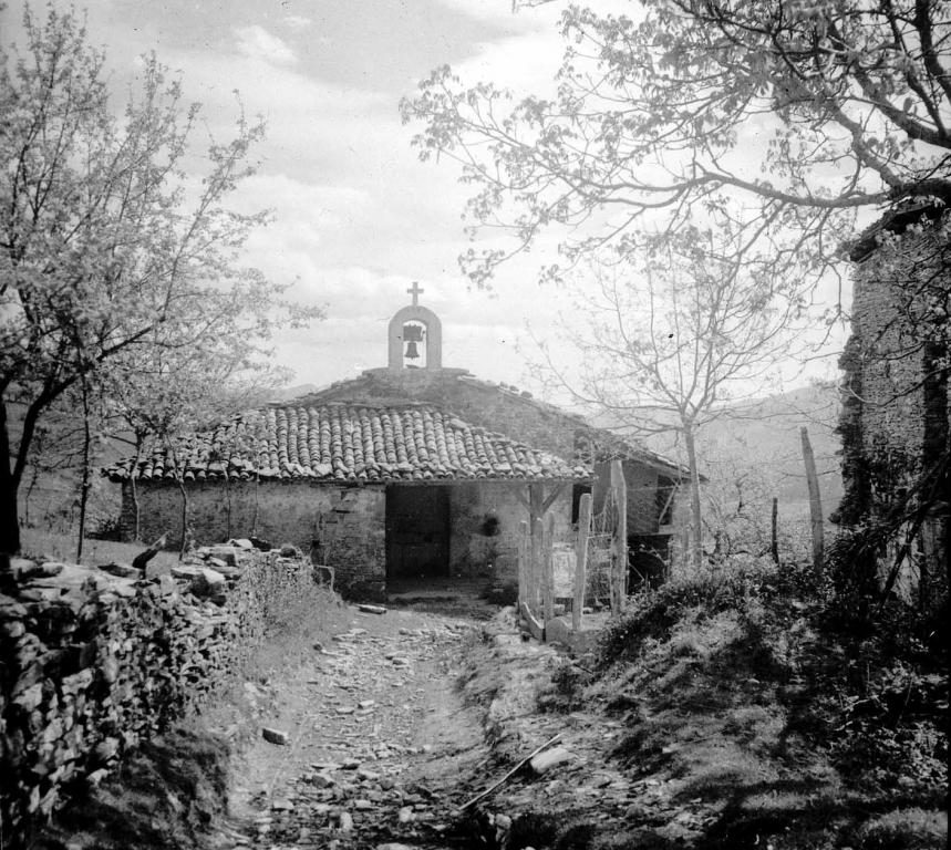"""Vergara. Anguiozar. Ermita de S. Vicente de Parteche"""