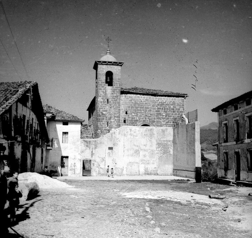 """""""Goias. Fronton y la Iglesia Parroquial"""""""