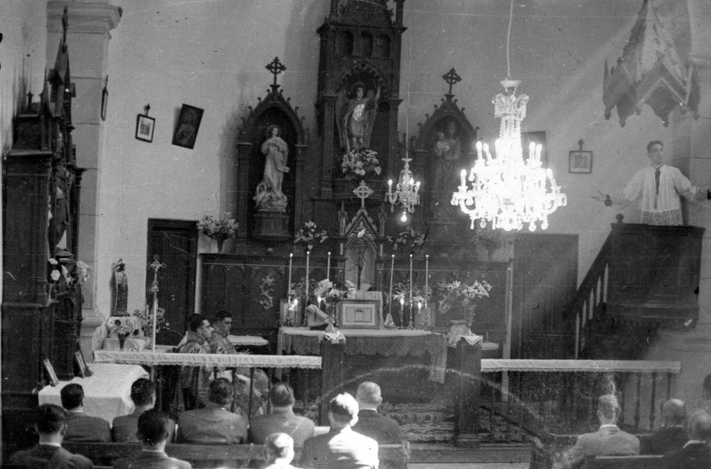 """Aguinaga (Eibar). Iglesia Parroquial"""
