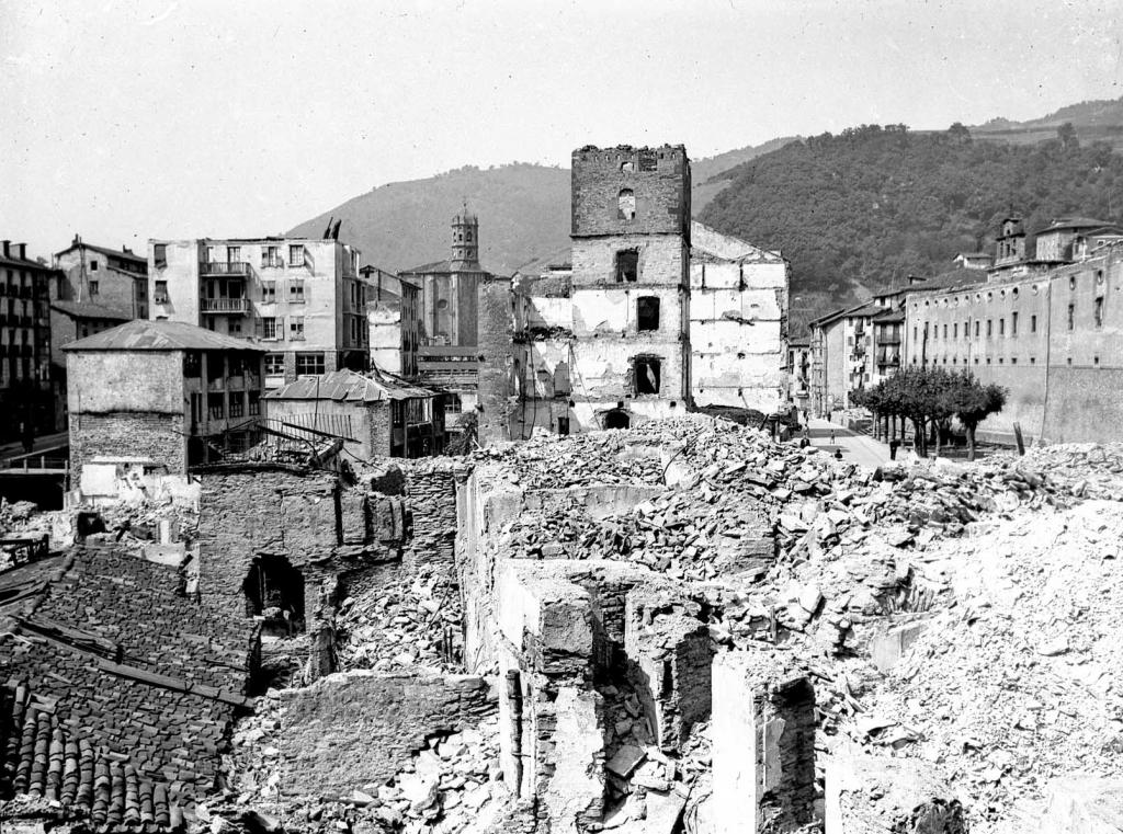 """""""Eibar. Una vista de la Calle Maria Angela"""""""