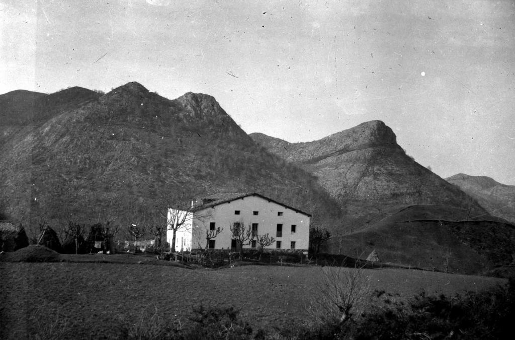 """""""Deva-Lastur. Montes de Lastur, Gaztelu y Elordi"""""""