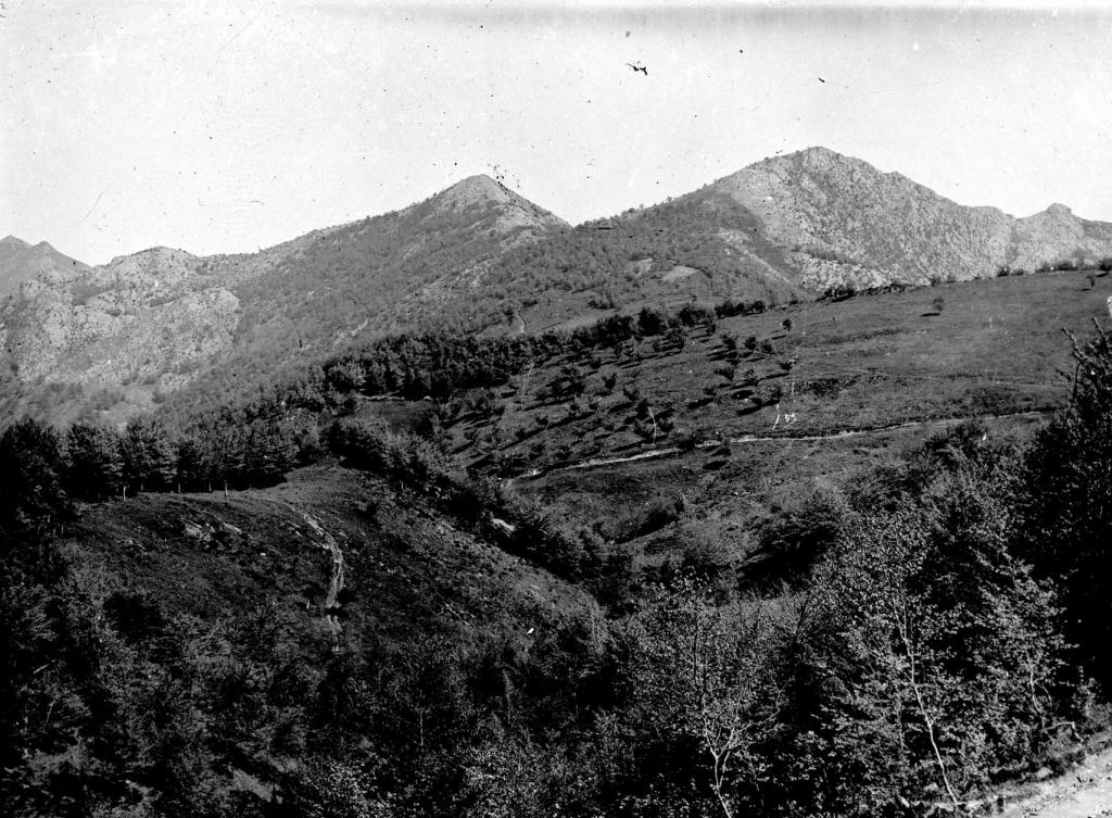 Vista de los montes Andutz, Agido y Sesiarte