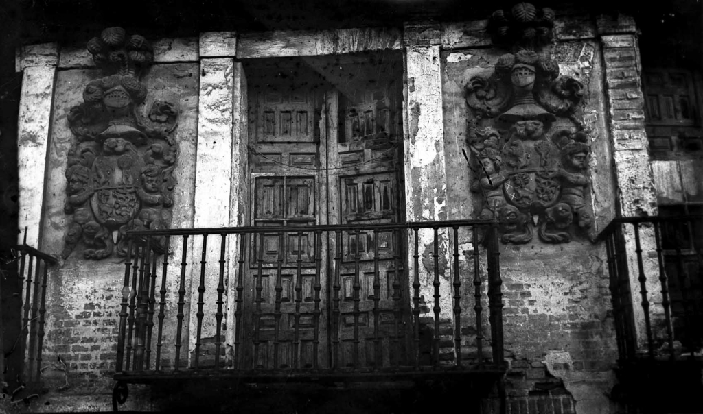 """Alegria de Oria. Armas de una casa vieja de Alegria (Guipuzcua)"""