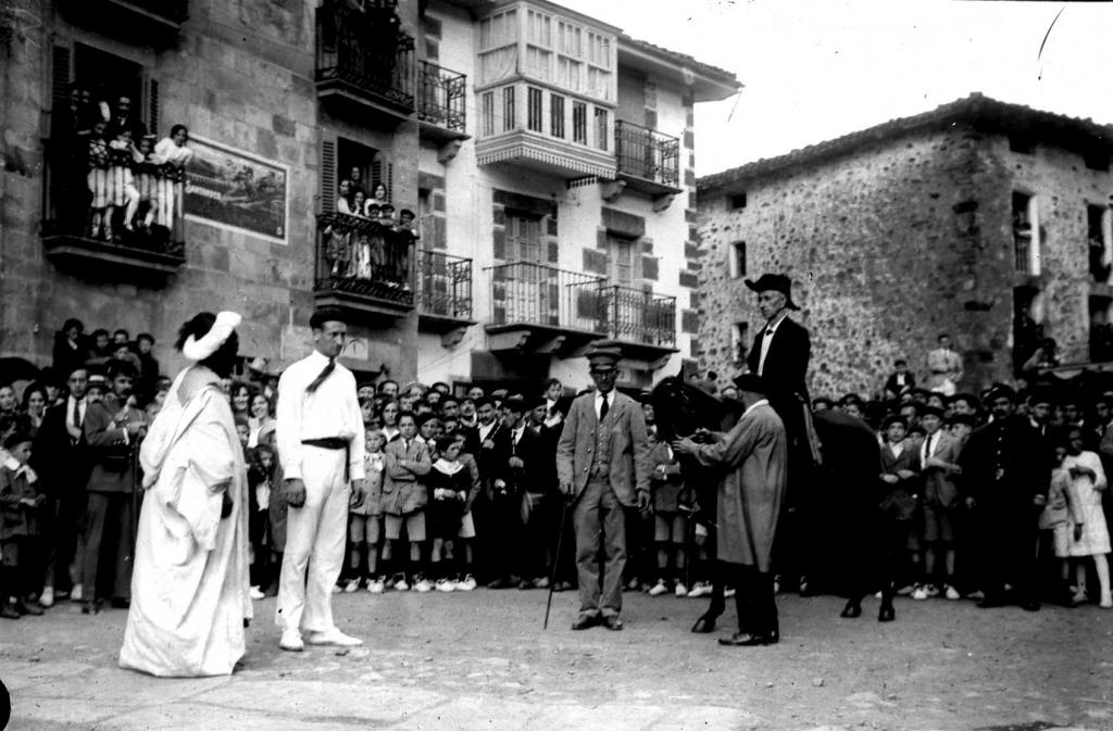 """""""Anzuola. Conmemoracion de la batalla de Valdejunquera"""""""