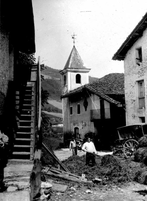 """Arama. Iglesia Parroquial"""