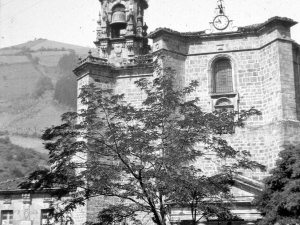 """Ataun. Iglesia Parroquial de S. Martin"""