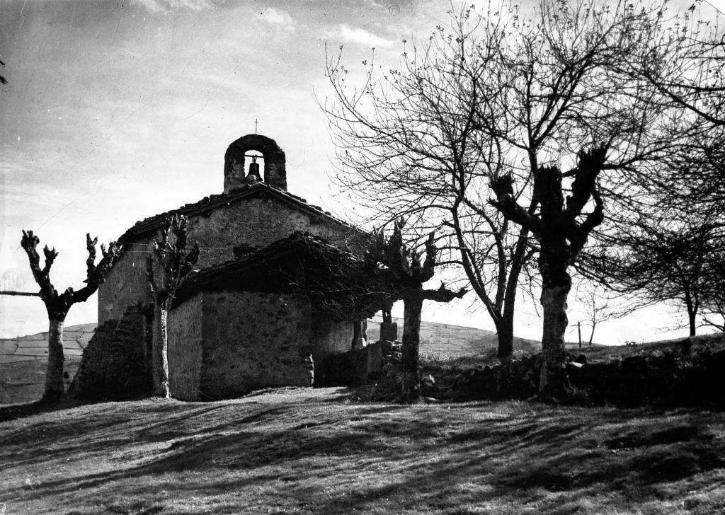 """""""Ermita de S. Miguel en Eizmendi (Azpeitia)"""""""