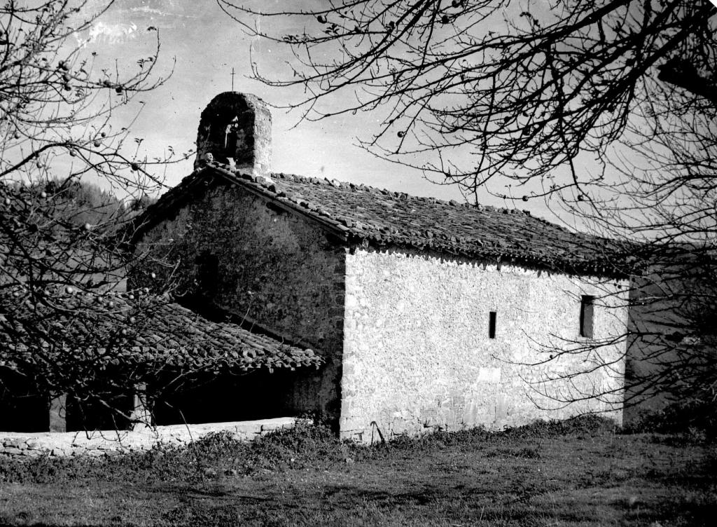 """""""Eizmendi (Azpeitia). La ermita de S. Miguel"""""""