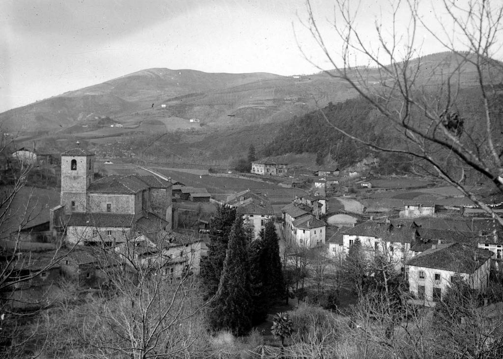 """""""Urrestilla (Azpeitia). Vista general de Urrestilla"""""""