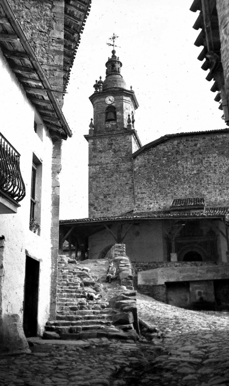 """Anguiozar (Vergara). Torre de la Iglesia Parroquial"""