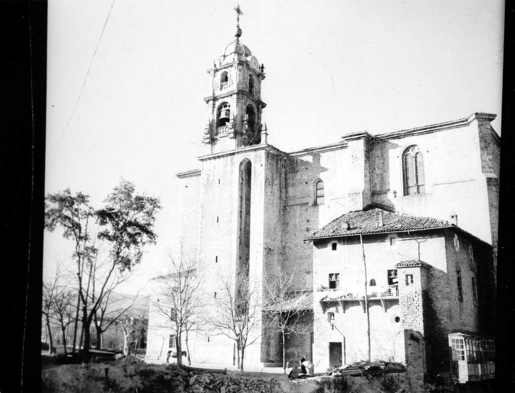 """Vergara. Iglesia parroquial de Sta Marina"""