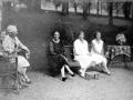 """""""Eibar. La reina con sus hijas en Markeskua"""""""