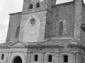 Vista con la iglesia restaurada