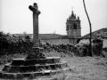 Vista con la cruz y la iglesia