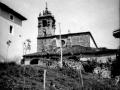 Vista parcial con la iglesia