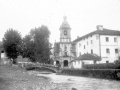 """Ibarra. Vista Parcial con la Torre de la Iglesia Parroquial"""