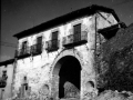 """""""Segura. Una de las puertas de las antiguas murallas de Segura"""""""