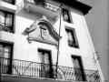 """""""Zaldibia (Guipuzcua). Escudo de armas de Zaldibia en la fachada del Ayuntamiento"""""""