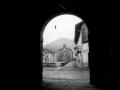 Iglesia y vista parcial de Aizarna (Zestoa)
