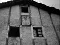 """Aya (Guipuzcua). Escudo del caserio Larraspuru"""