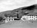 Entorno de la iglesia parroquial de Arrazola