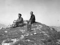 Montañeros en la cumbre de Alluitz