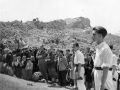 Autoridades, dantzaris y montañeros en la misa de campaña en Kurtzebarri