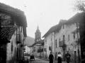 """Arechabaleta. Una vista de Arechabaleta con la Torre de la Iglesia Parroquial"""