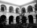"""Mondragon. Claustro del Asilo Hospital de Mondragon"""