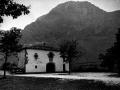 """""""Abalcisketa. Txindoki desde Larraitz (Aralar). La ermita de Larraitz"""""""