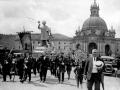 """Loyola (Azpeitia). La tradicional procesion de S. Ignacio hacia Azpeitia"""