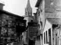 """Azpeitia. Plazuela de Santa Ana con la Torre de la Iglesia Parroquial al fondo"""