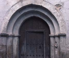 Portada románica de la iglesia parroquial de Santa Marina de Argisain
