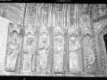 Deba. Ate gotikoaren detaileak. XV. mendeko apostoluen frisoa
