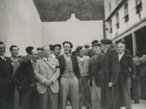 Juan Ignazio Iztuetaren omenezko festa Toki-Alai frontoian. Tartean, besteak beste, Periko Elosegi Irazusta