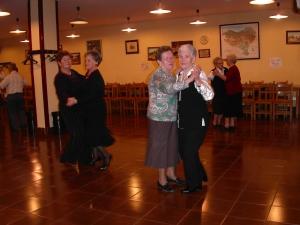 Bailes en el hogar de jubilados de Beasain