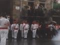Mairuaren alardeko eskopeteroak herriko plazan