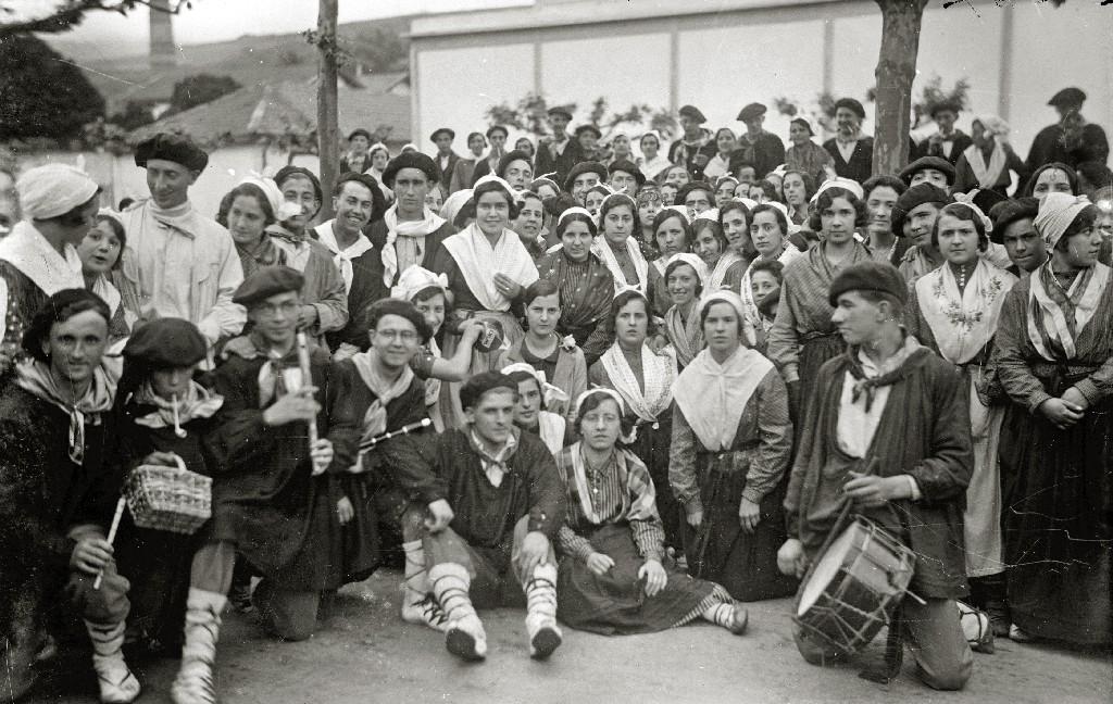 EUSKO OLERKI EGUNA CELEBRADO EN LA LOCALIDAD DE ERRENTERIA. (Foto 4/4)