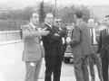 Manuel Fraga junto a Manuel Valencia Remón, el alcalde Reyes Korkostegi y otras autoridades en Oñati