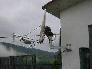 Basabiko antena parabolikoa.
