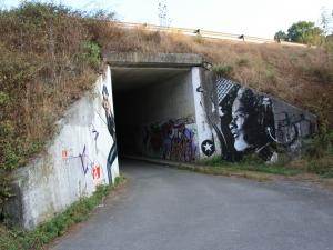 Graffitiak Itsasondon.