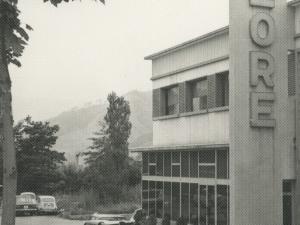Eulogio Salmeron, Gipuzkoako Gobernadore Zibila, 1963an eraikitako Bilore lantegia bisitatzen