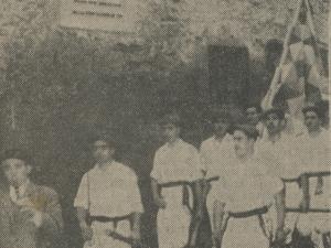 Luzeireko dantza taldea Juan Ignazio Iztuetaren jaiotetxean bere omenaldia egunean