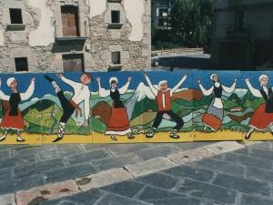 Lardizabal herri eskolako ikasleek Iztuetaren omenaldiaren barruan antolatutako erakusketarako prestaturiko murala