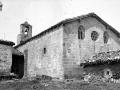 """Zarauz. Vista de la iglesia de S. Pedro del barrio de Elcano"